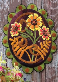 Painted Daisies Wool Applique Penny Rug