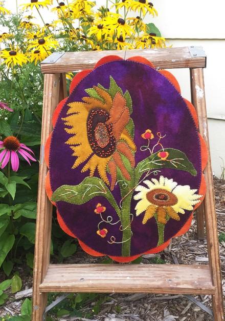 A Season for Sunflowers Table Mat