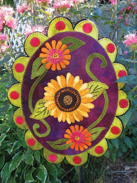 Late Bloomers Wool Applique Penny Rug