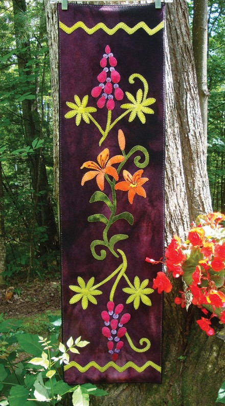 Midsummer Meadow Wool Applique Runner