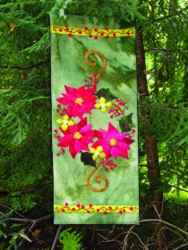 Poinsettia & Winterberries Wool Applique Runner