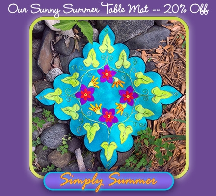 Image of Simply Summer Table Mat in outdoor setting